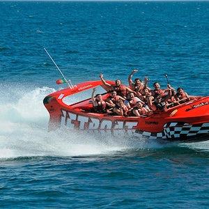 """Excursión Y Piruetas Por La Costa Del Algarve En El Jet Boat """"tufão"""""""