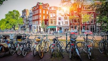 canales amsterdam bici