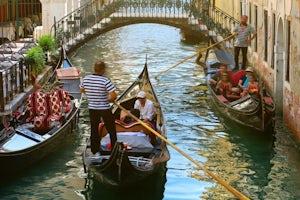 Gondola Con Serenata Venecia