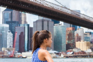 new york contrastes girl