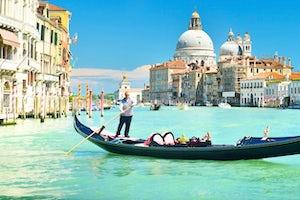 Paseo Gondola En Venecia