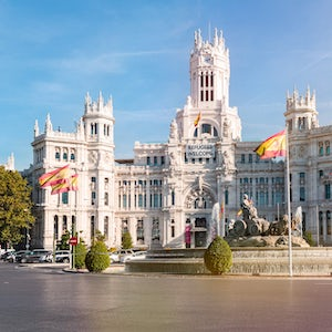 tour madrid plaza cibeles